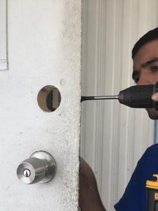 commercial-locksmith-hollywood-fl